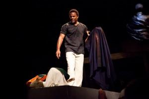 Ray Fearon as Mark Antony in Julius Caesar