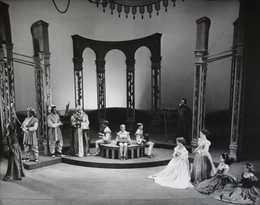 the caskets in the merchant of venice