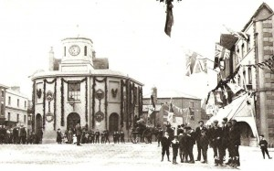 The Market House decked out for Shakespeare's Birthday Celebrations, around 1908