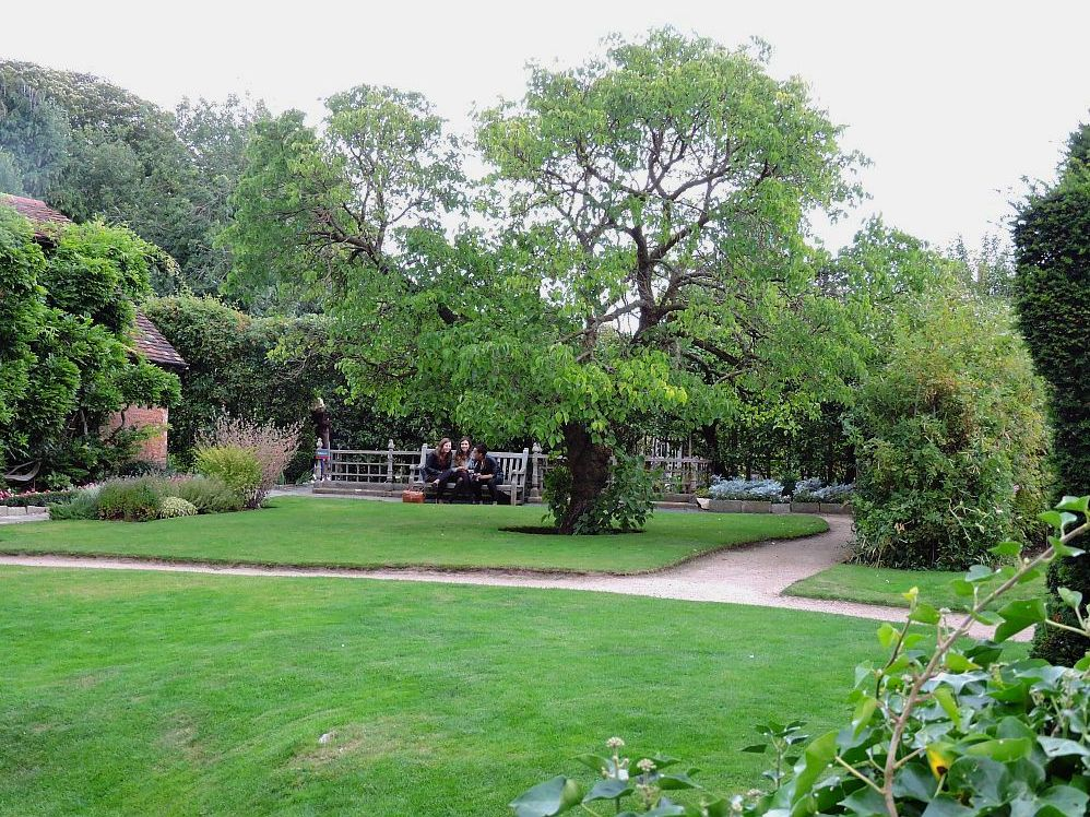 Keeping Shakespeare\'s spirit alive at New Place, his final home ...