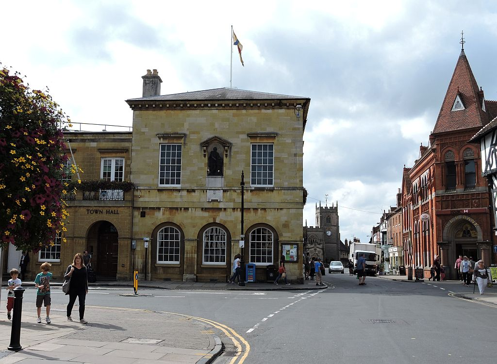 Stratford upon avon s historic town hall the shakespeare for The stratford