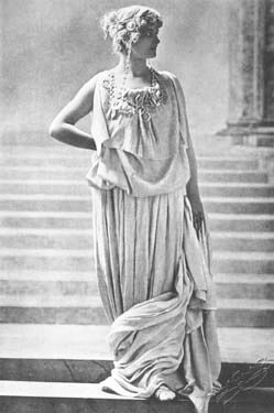 Mary Anderson as Hermione