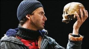 David Tennant as Hamlet, RSC 2008, with the skull used by Edmund Kean