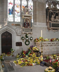 Shakespeare's grave and monument surrounded by flowers